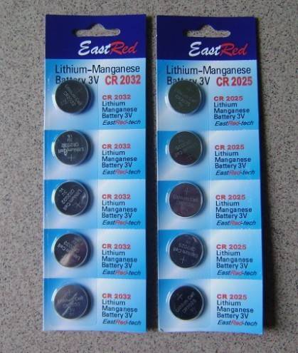 CR2025 3V lithium coin cell battery,5pcs per card pack