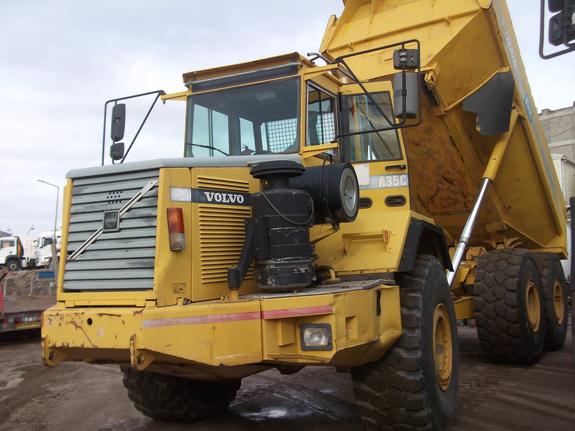 Sell VOLVO A35 C Rock Truck - Model year 1999-USD 51.250