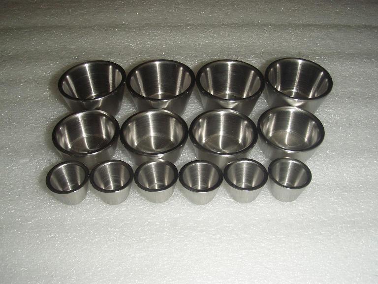 Purity 99.95% molybdenum crucible