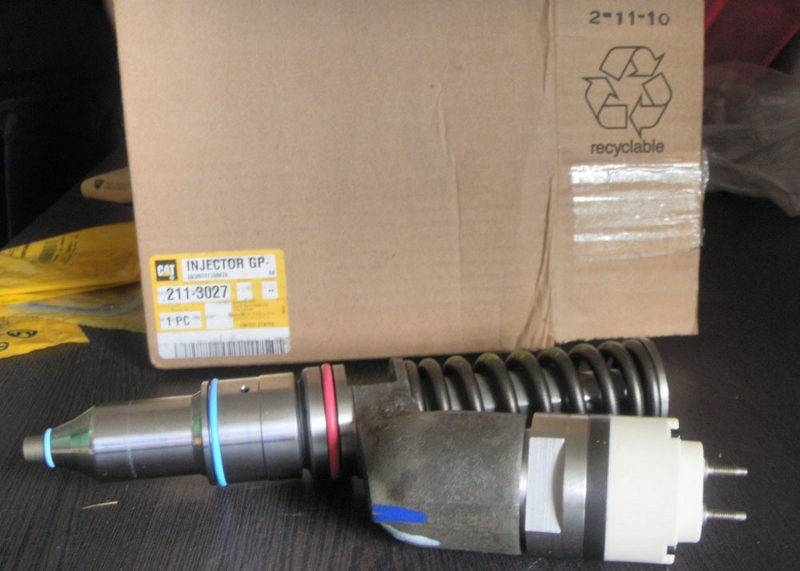 CAT Caterpillar fuel injector G 1278216 1278218 127-8216 127-8218