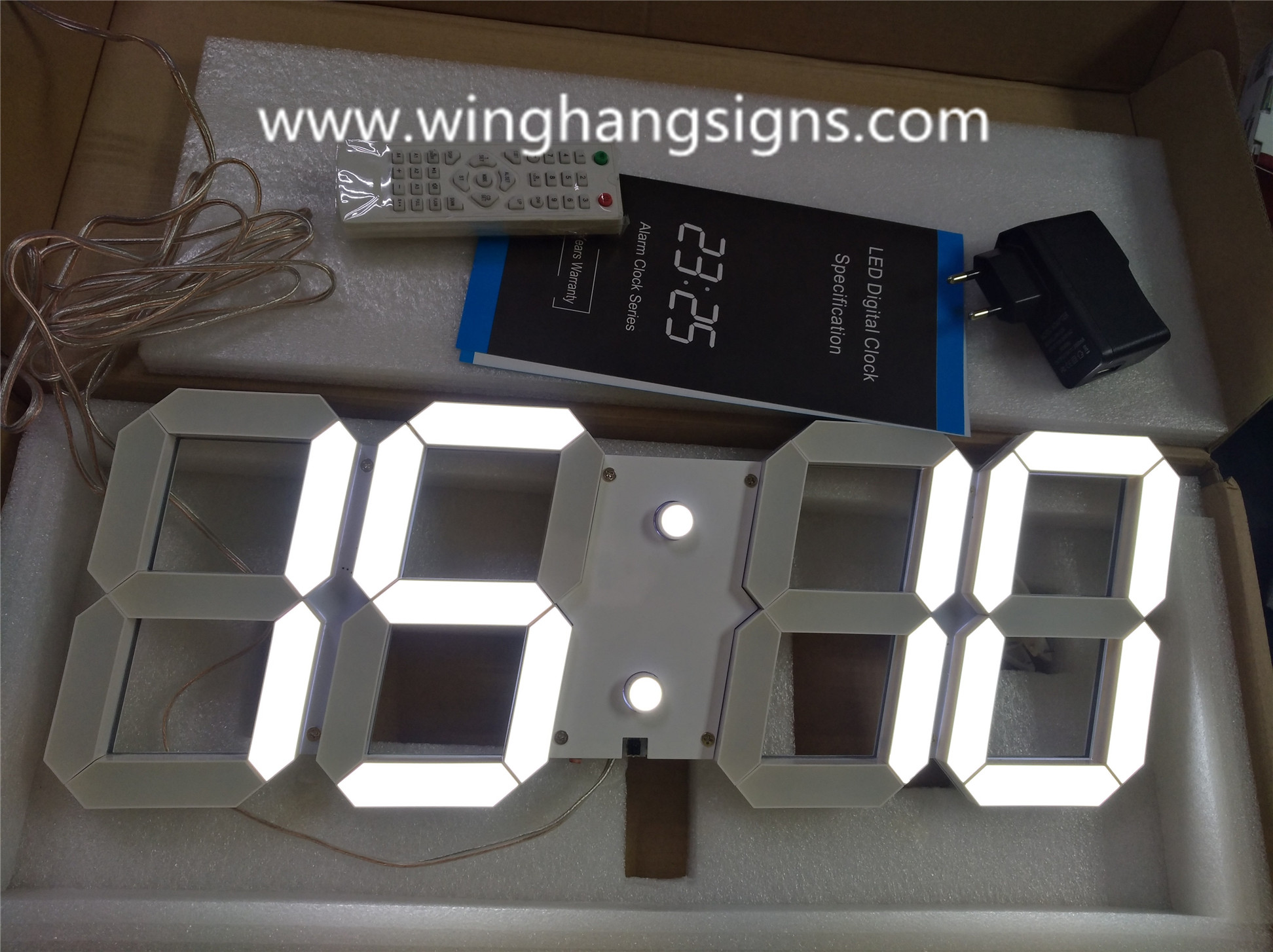 White LED 3D digital clock 88:88