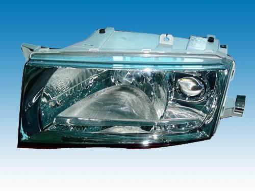 Sell SKODA OCT 01-03' head lamp