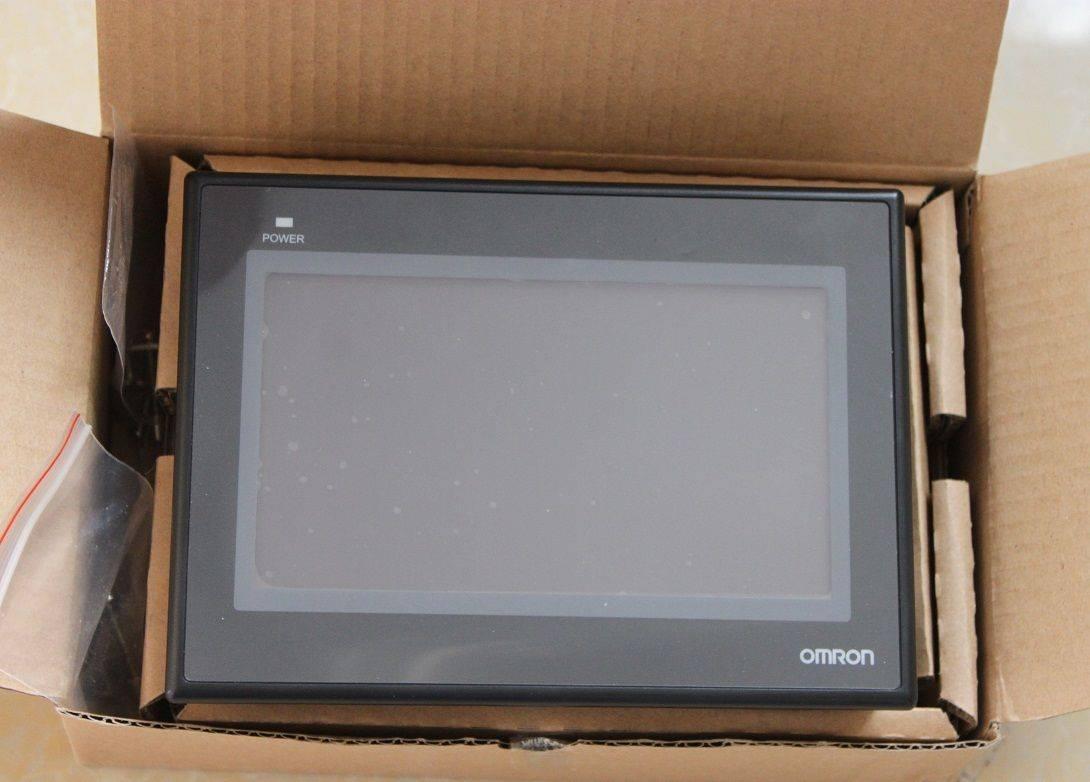 NEW 7.0' Omron HMI NB7W-TW00B ( NB7WTW00B ) NIB Original Interactive Display