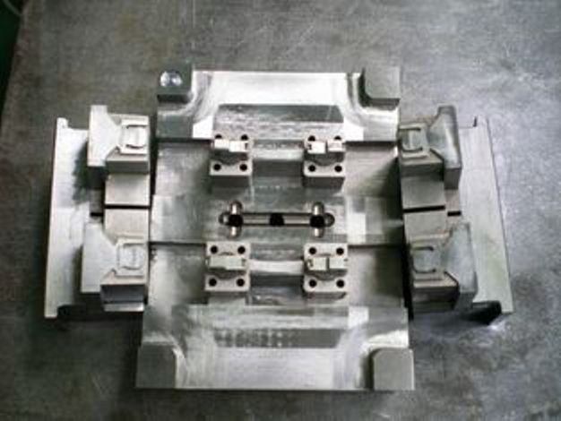 Plastic Injection Mold Tooling - Hardened For Parting Line Lock Insulation Plate