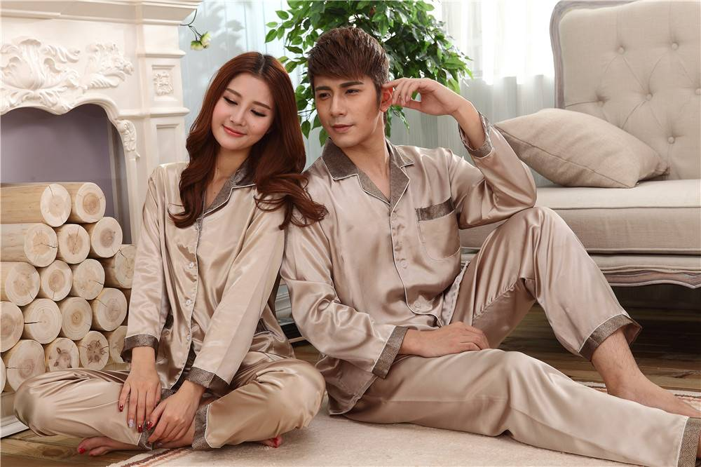 pajamas for man and woman manufacture in china
