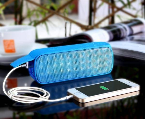 Waterproof portable wireless Power bank bluetooth speaker