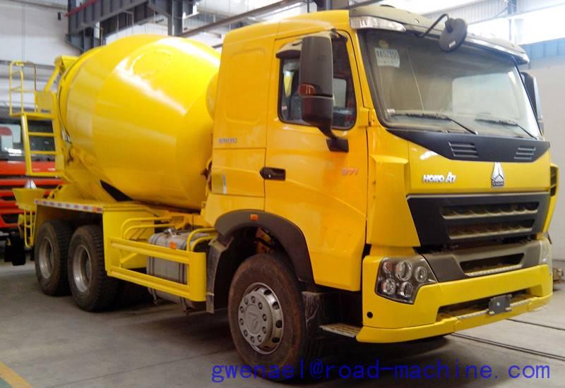 Concrete Mixer Truck HOWO A7 Configuration Euro III 400L Fuel Tank