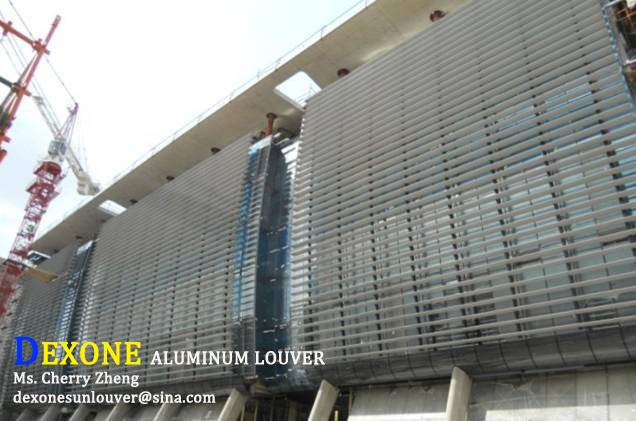 Architectural aluminum louvers for facade
