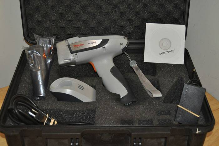 Thermo Niton XL3T Portable XRF Analyzer