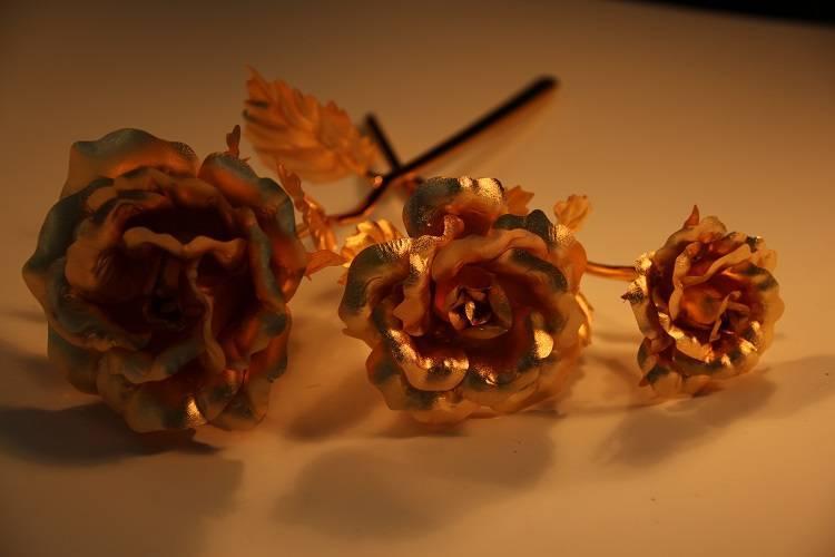 24K gold foil for the rose flower