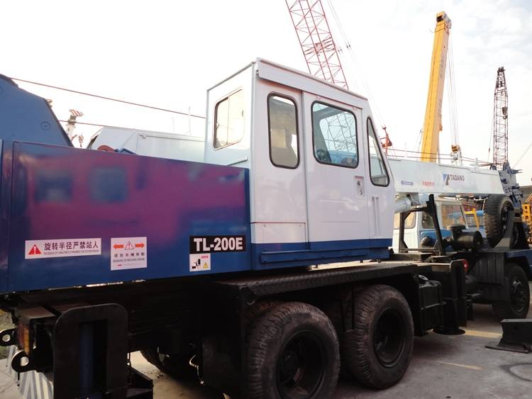 tl-200e used crane tadano crane for sale
