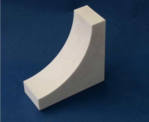 Kekerasan tinggi industri keramik dengan 95% 92% Alumina