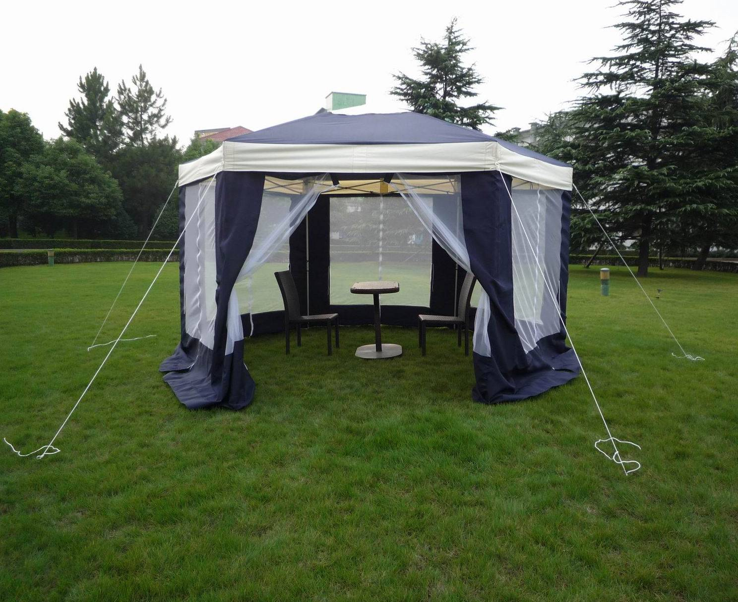 Folding gazebo/tent For Sale