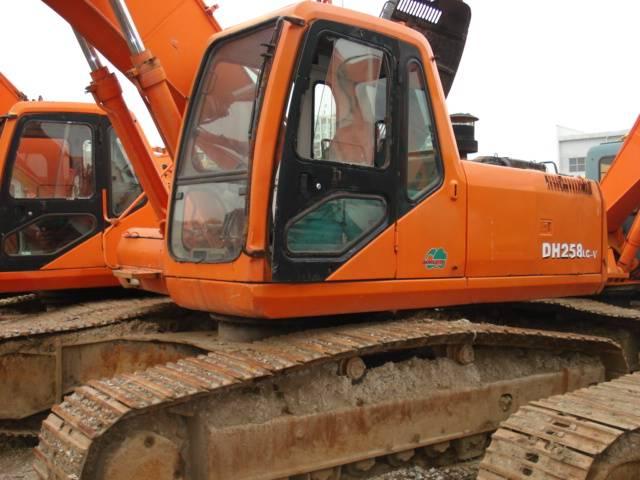 Used Daewoo 258 excavator