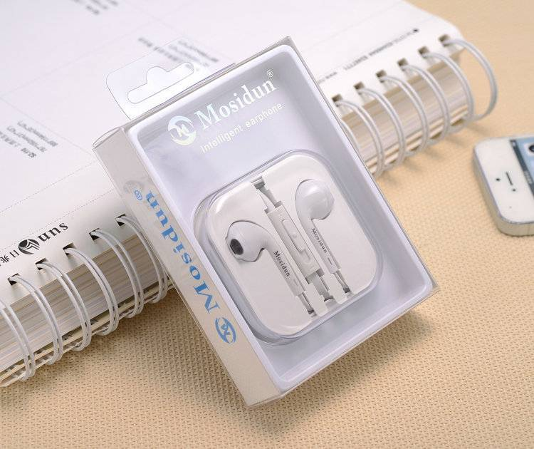 High Quality Popular Flat Cable Plastic Box Packed Intelligent Earphone Carry Microphones for Cell-P