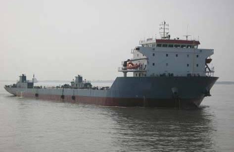 420 FT 10800 DWT Barge