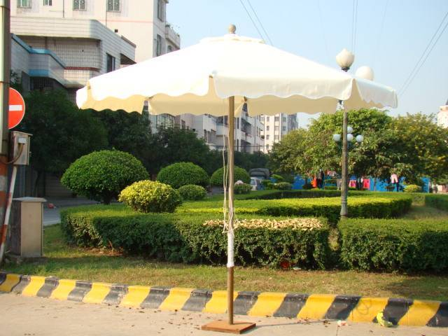 Middle pole umbrella (with side fabric)