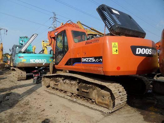 Used Doosan DH225-7 Excavator