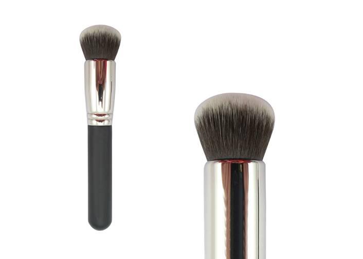 Grey Nylon Hair Bronzer Cosmetic Brush Wooden Handle Metal Ferrule Brush