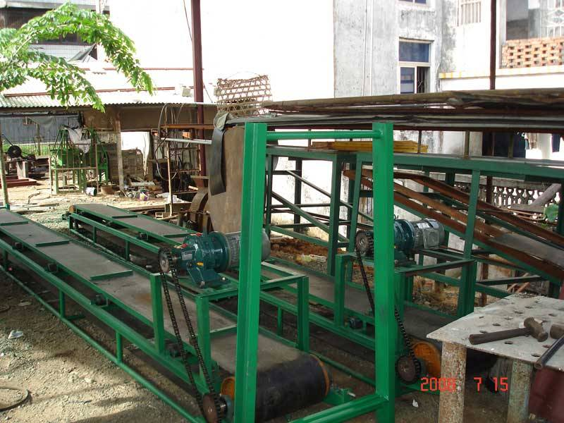 Transport strapping machine (coconut fiber machine).