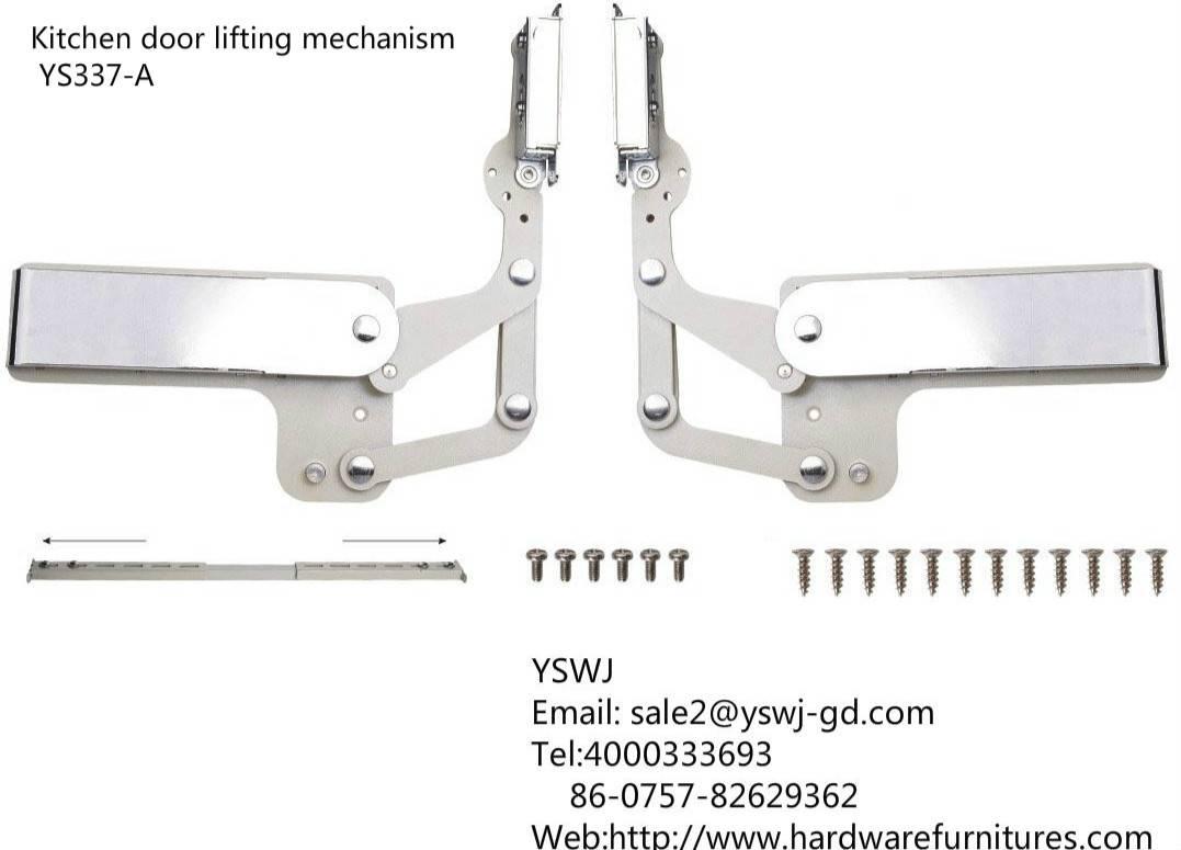 Kitchen door lifting mechanism