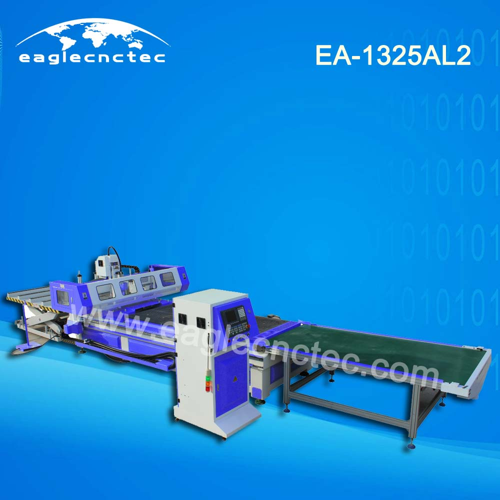 Auto Feeding and Blanking Nesting CNC Router Wood Cutter