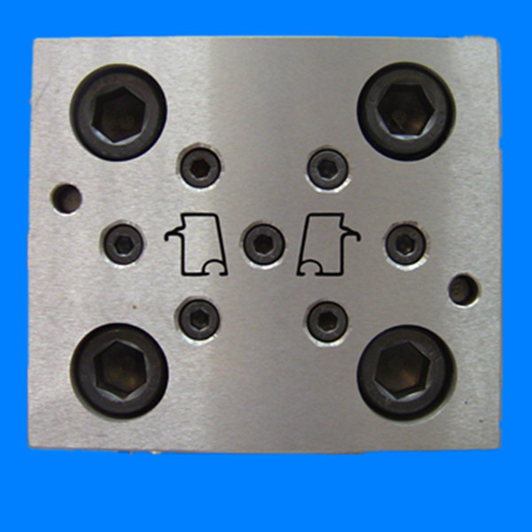 pvc window gasket seal mould/pvc window seal mould