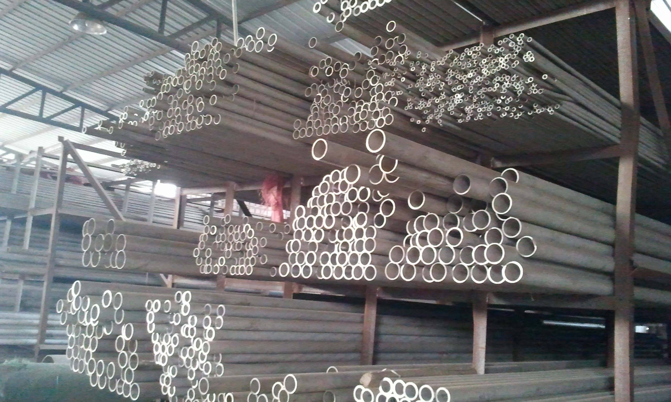 large stock 310s stainless steel pipe