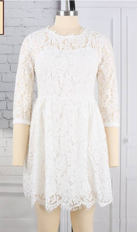 AD4310 Elegant Lace Trumpet Sleeve Hollow-out Ruffled Dress