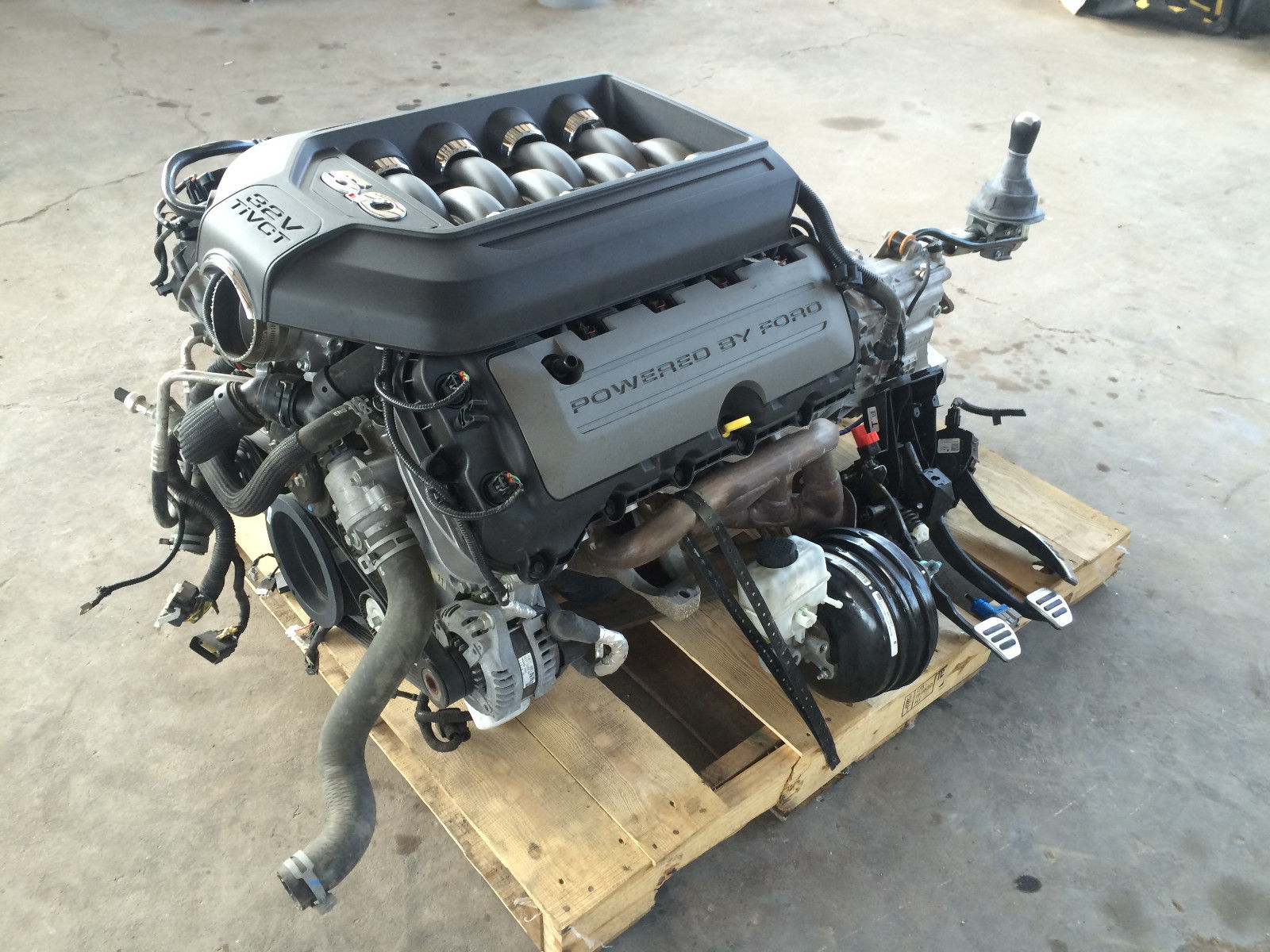 FORD MUSTANG COYOTE 5.0 ENGINE 41K MILES 6 SPEED STANDARD PULL OUT