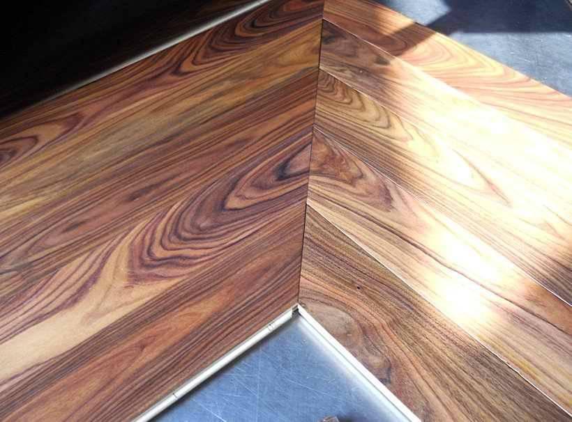 Wooden flooring solid floor engineered floor chevron floor for Solid wood flooring offers