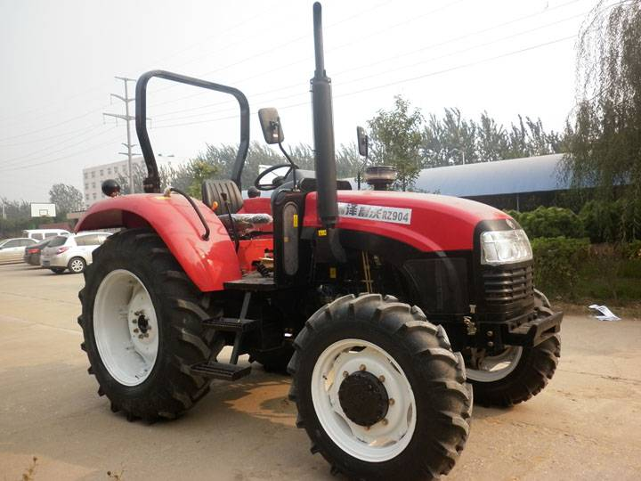 90HP 4WD/4x4 Farm Tractor With Independent Double-acting Clutch And 16Kn. Towing Capacity