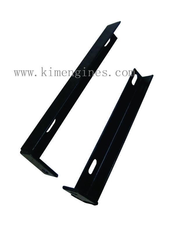 Fender rear support for tiller