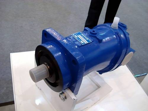 Competitive hydraulic variable piston motor A6V