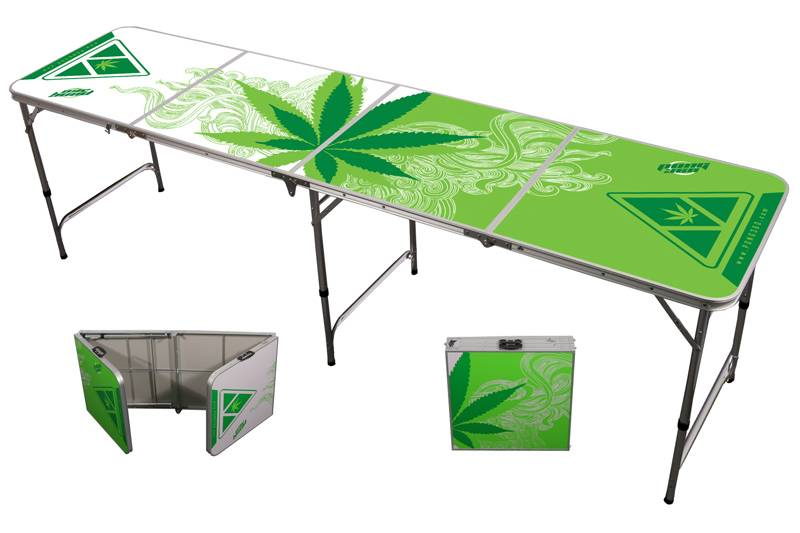 Beer pong table with logo
