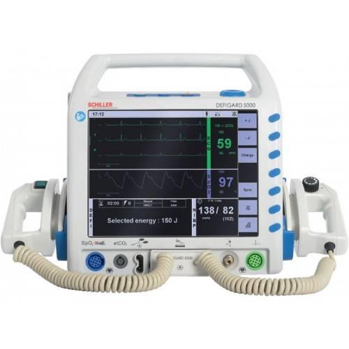 Schiller Defigard 5000 Defibrillator with pads