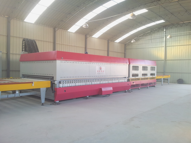 Small glass tempering furnace
