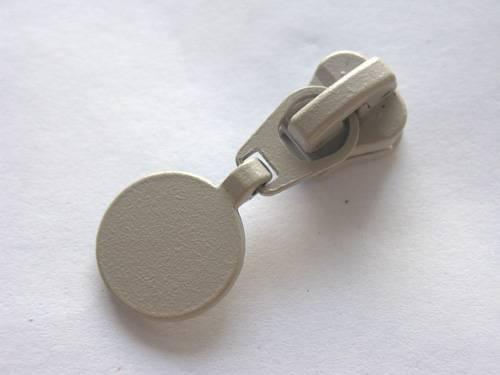 #5 plastic slider, zipper puller