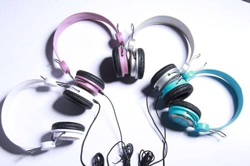 New product four color option computer headphones