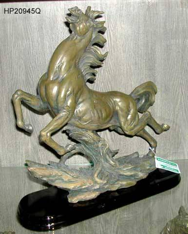 Polyresin plated horse figurine