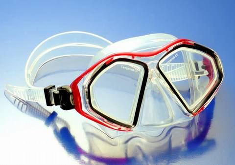 Silicone diving masks