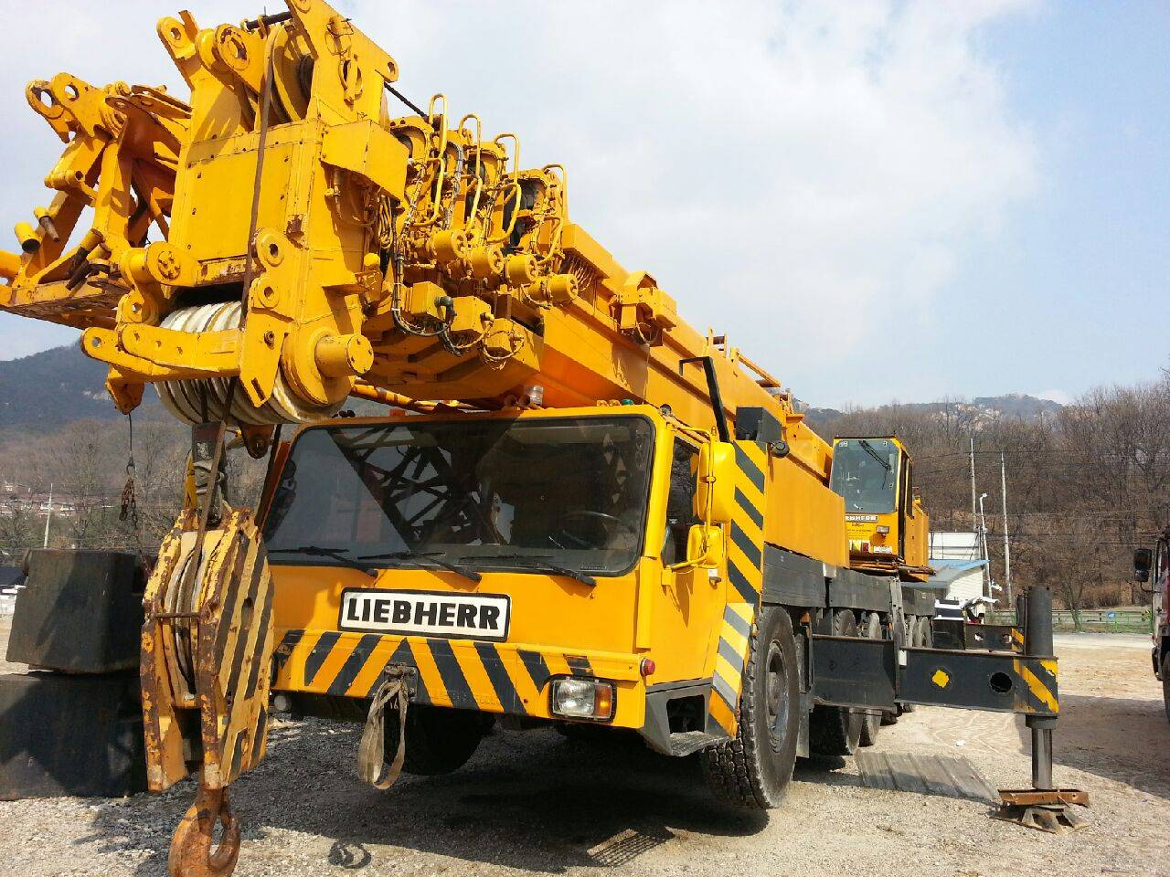 Demag 500 ton all terrain crane