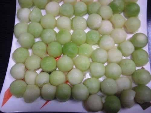 FROZEN FRUITS & VEGETABLES