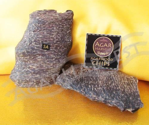 Agarwood-Aloeswood-Oud-Oudh-Gaharu Chips