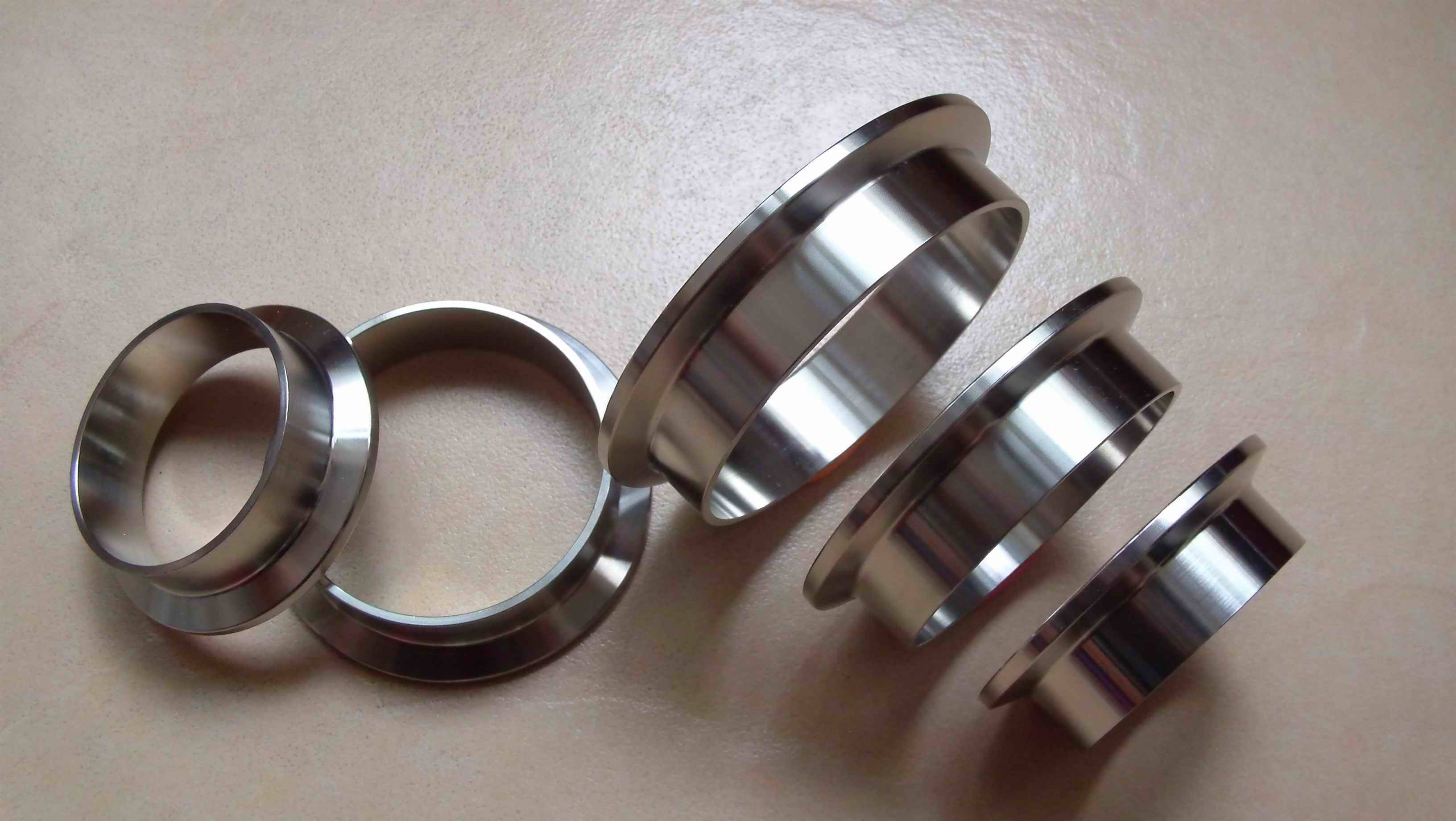 Stainless steel V band exhaust clamps