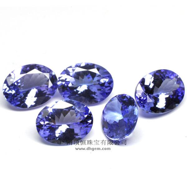 Best Selling Items Oval Shape Fashion Natural Tanzanite Gemstone Wholesale Prices