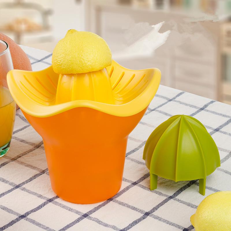 Plastic Citrus Juicer Cup