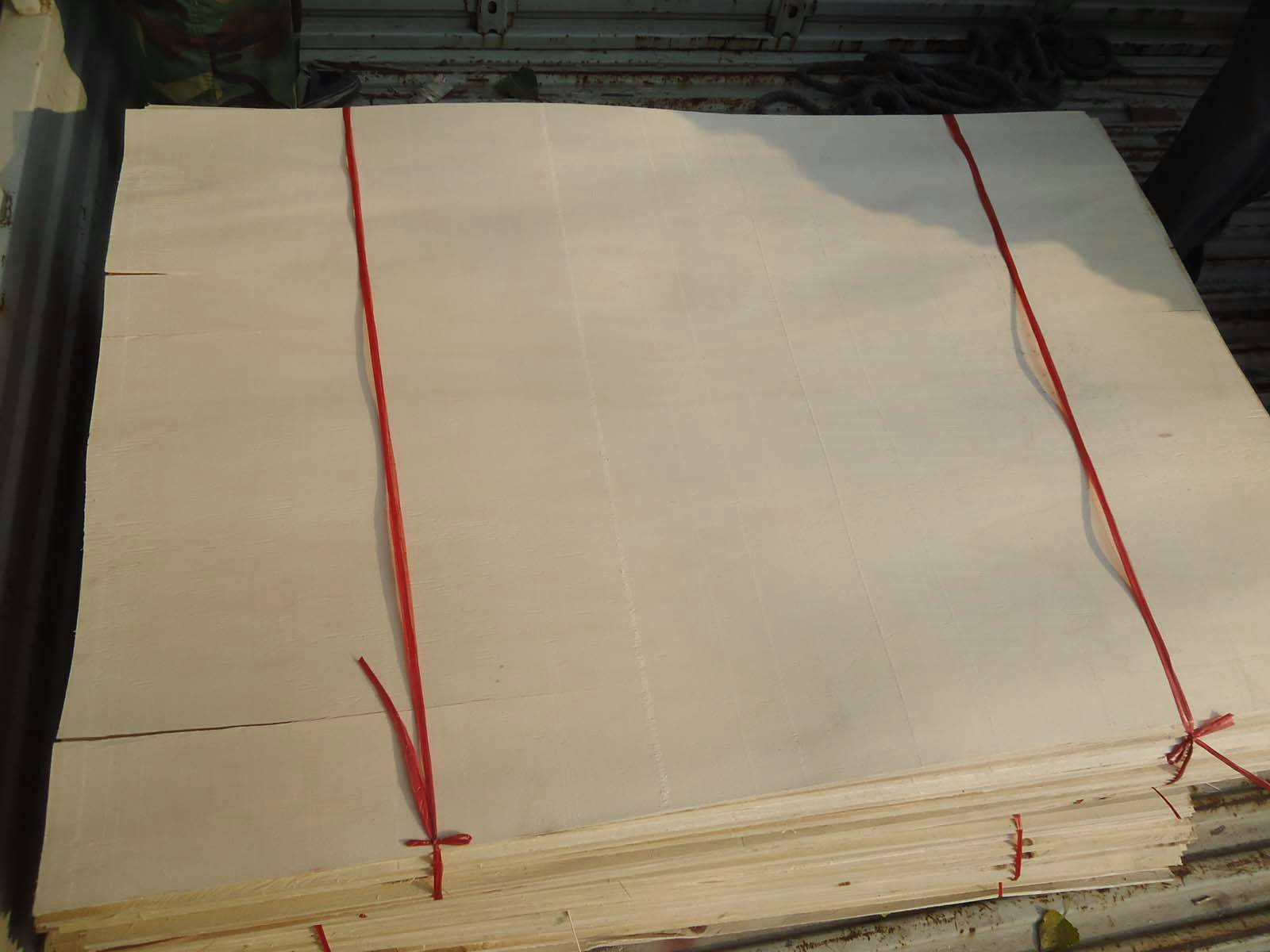 Sell Poplar Core Veneer for plywood