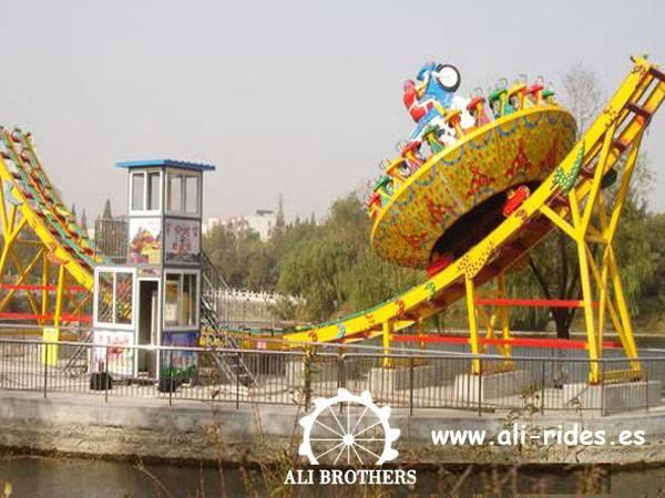 Amusement park rides Flying UFO
