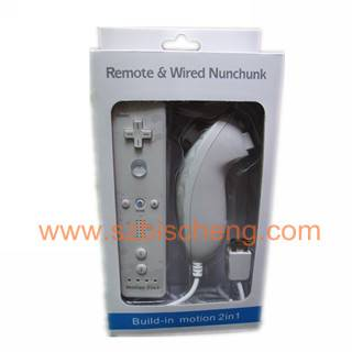 wii nunchuck and remote controller with motion plus build-in
